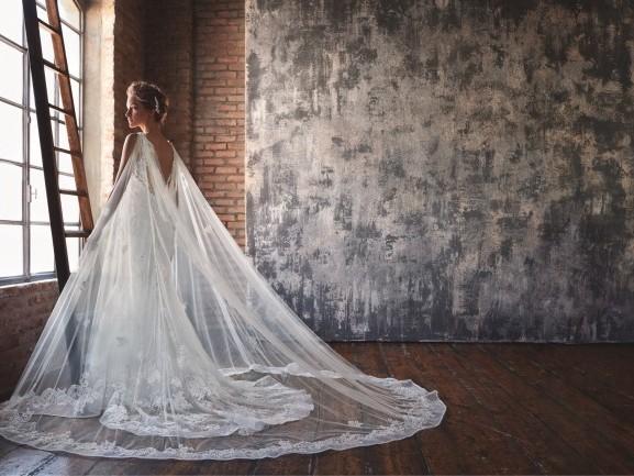 Lusan Mandongus Bridalwear