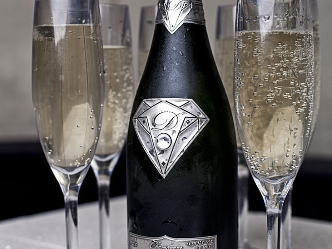 Champagne or Sparkling Wine at a Wedding?