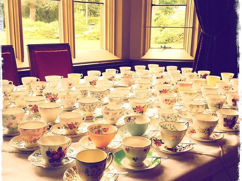 Vintage & Art Deco Tea Sets