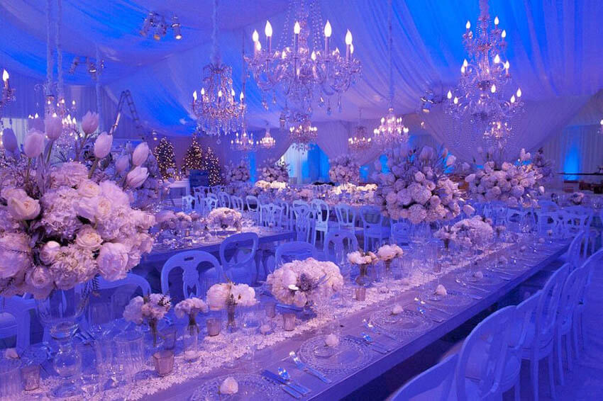 Exquisite Christmas wedding scene