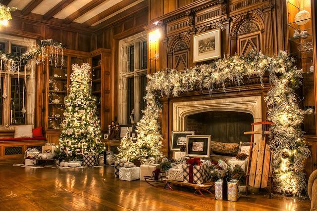 Christmas house wedding